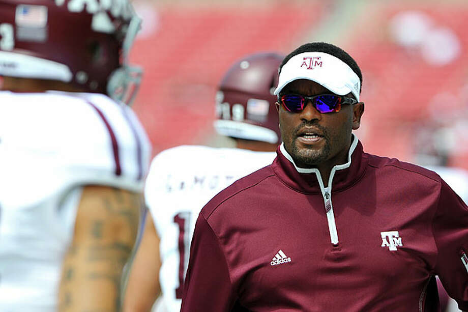Kevin Sumlin no doubt faces wide variety of coaching choices after just two season at A&M. Photo: Patrick Green / Cal Sport Media2012