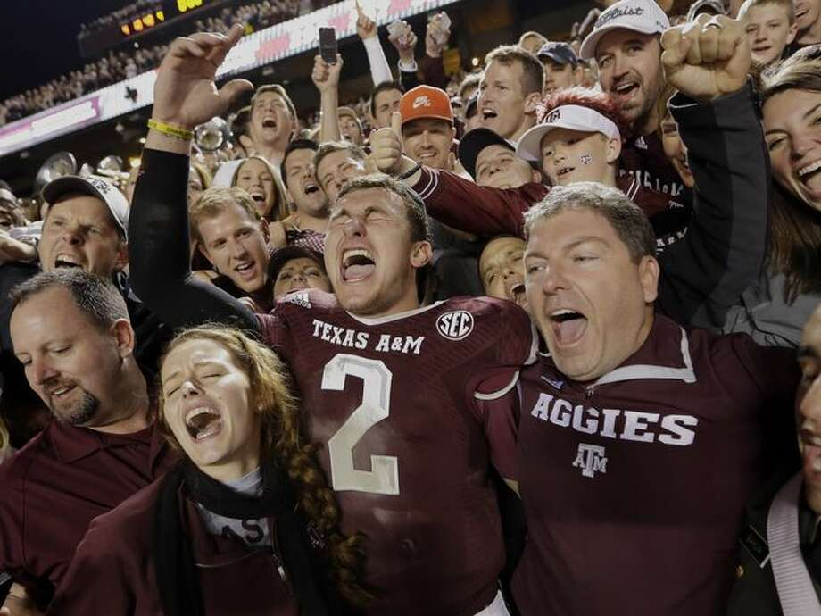 Manziel enjoys senior day-like exit following another 50-point explosion.