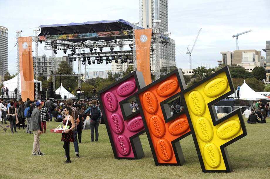 Atmosphere at Fun Fun Fun Festival at Auditorium Shores on November 8, 2013 in Austin, Texas. (Photo by Tim Mosenfelder/Getty Images) Photo: Tim Mosenfelder, Getty Images / 2013 Tim Mosenfelder
