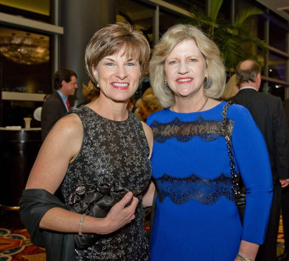 Lou Houser, Jeanne Perkins    (photo credit: carsonphotos.com) Photo: RICHARD CARSON, CARSONPHOTOS.COM