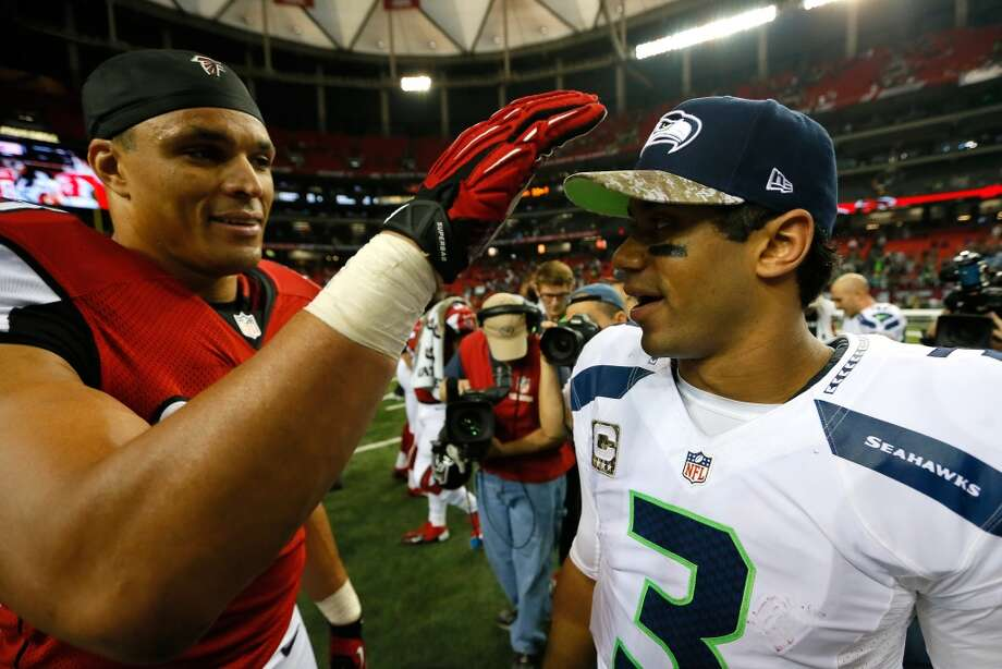 What people are saying about the Seahawks after dominating Atlanta  The Seahawks silenced their critics Sunday by bouncing back from two shaky victories with a commanding performance against the Atlanta Falcons, rolling through the Georgia Dome for a 33-10 win. The Seahawks improved to 9-1, retained their No. 1 spot in the NFC and extended their lead in the NFC West thanks to Carolina's win in San Francisco.  What's more, things are looking up for Seattle down the stretch with the return this week of starting tackles Russell Okung and Breno Giacomini, the return of center Max Unger and defensive end Red Bryant, and the potential return of wide receiver Percy Harvin. The Seahawks did lose cornerback Brandon Browner to a groin injury and he could be out a while, but overall Seattle is getting healthier while other teams are getting banged up.  With Sunday's manhandling of the Falcons, the Seahawks turned quite a few heads and once again looked like Super Bowl contenders. Here's a selection of what people are saying about the Hawks now. Photo: Kevin C. Cox, Getty Images