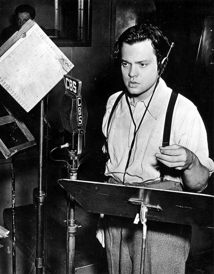 Orson Welles -- the great American voice of the century. Photo: Popperfoto, Popperfoto/Getty Images