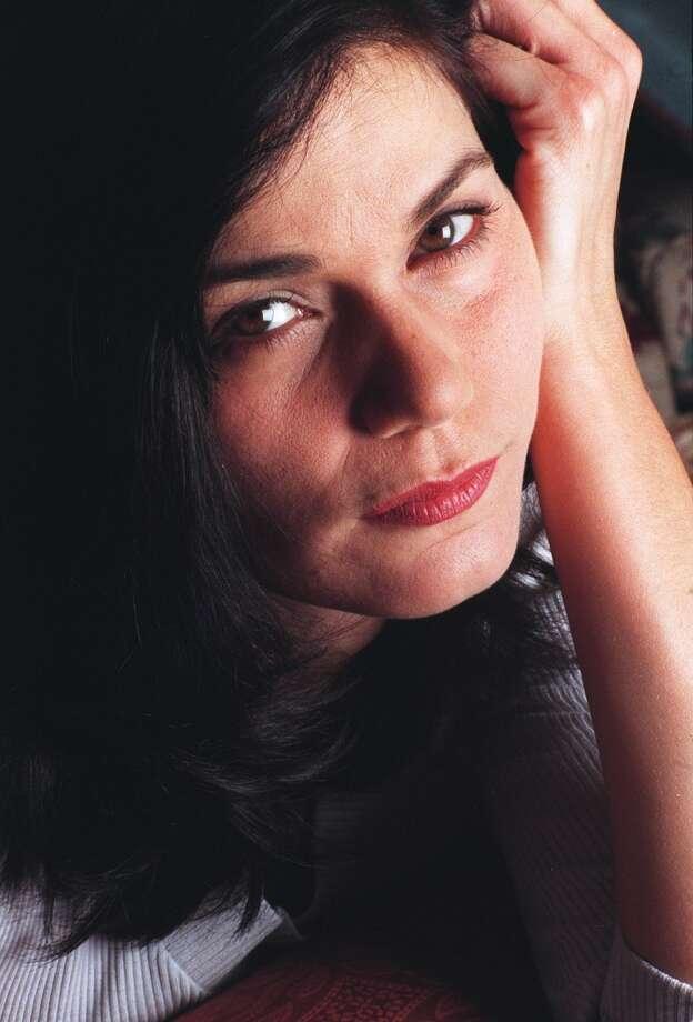Linda Fiorentino -- low, interesting.