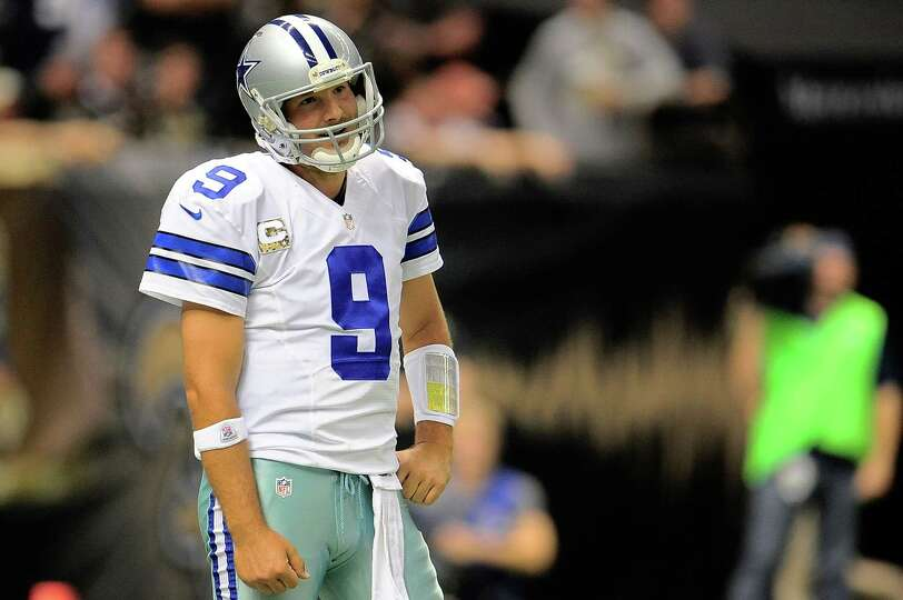 NEW ORLEANS, LA - NOVEMBER 10:  Tony Romo #9 of the Dallas Cowboys reacts to an errant throw agai