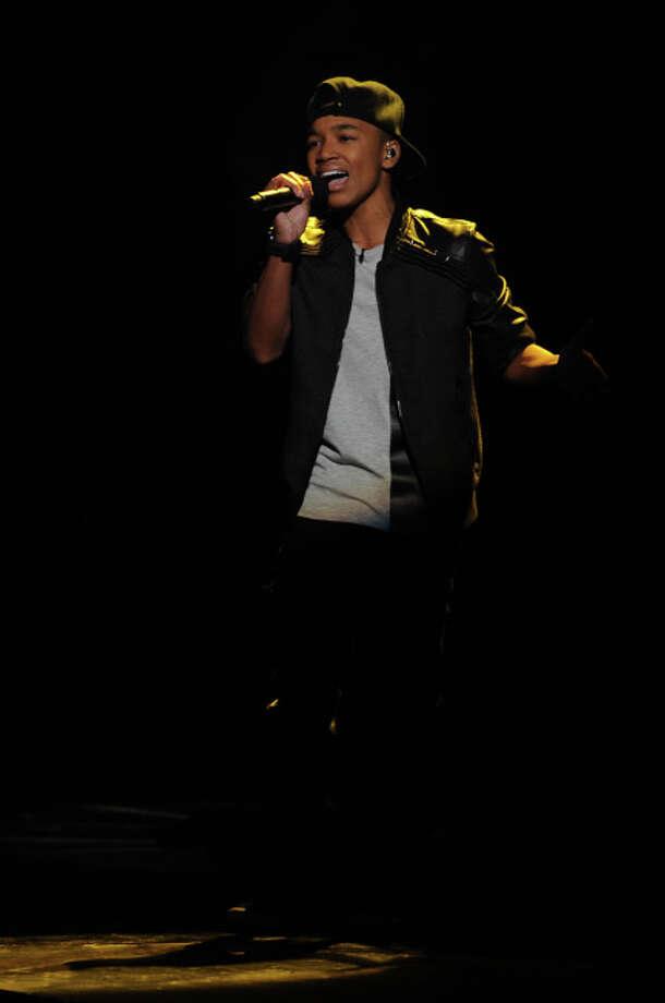 THE X FACTOR: Josh Levi performs on THE X FACTOR airing Wednesday, Nov. 6 (8:00-10:00 PM ET/PT) on FOX.  CR: Ray Mickshaw / FOX. / 1
