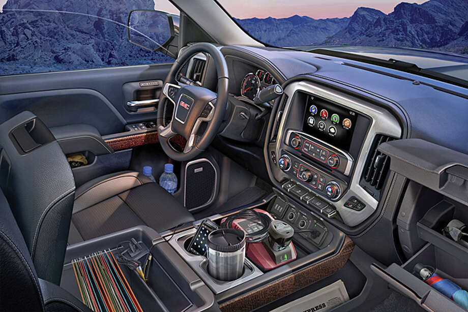 2014 GMC 1500 4WD Crew Cab SLT (photo courtesy General Motors Corp.)