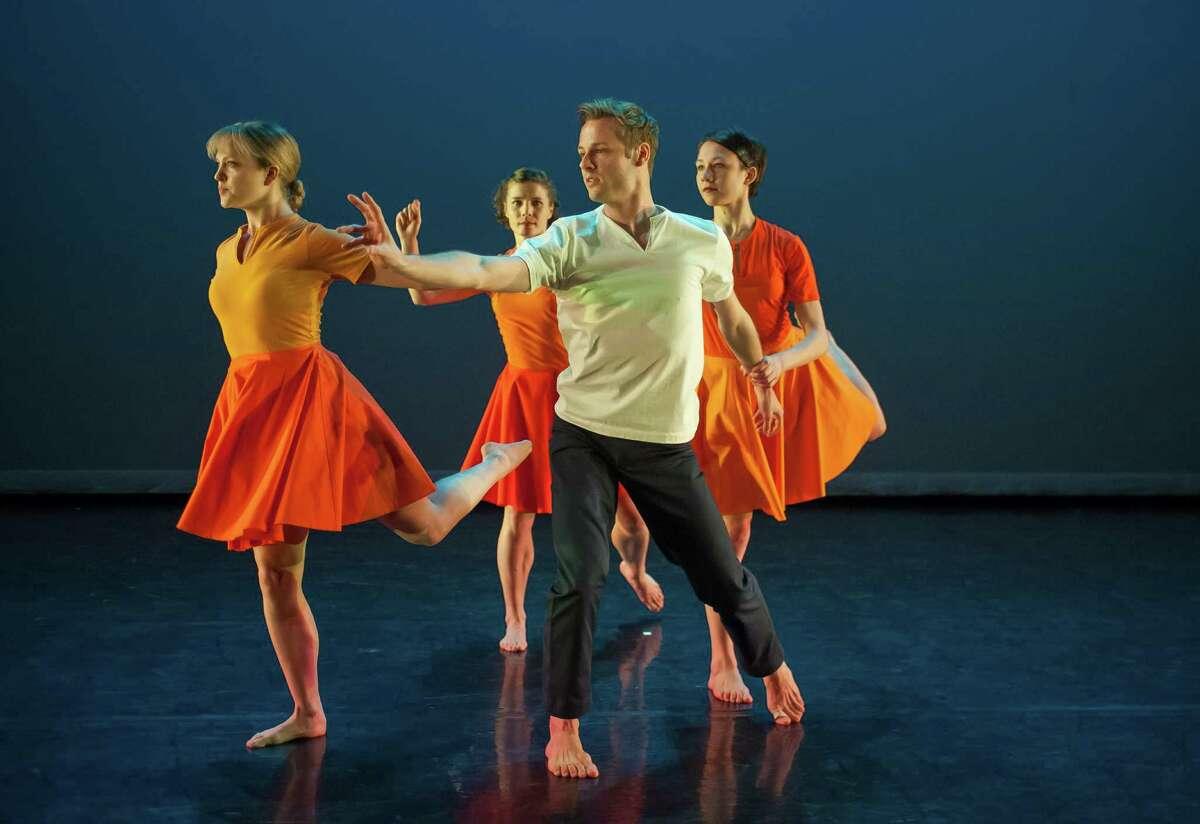 "The Mark Morris Dance Group's ""Crosswalk"" (Credit: Stephanie Berger)"