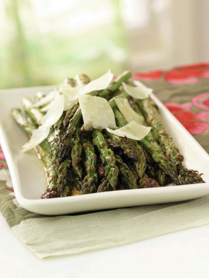 "Balsamic-broiled asparagus with shaved parmesan cheese (recipe) from ""Anna Getty's Easy Green Organic"" cookbook by Anna Getty. Credit: Chronicle Books Photo: Dan Goldberg / handout"