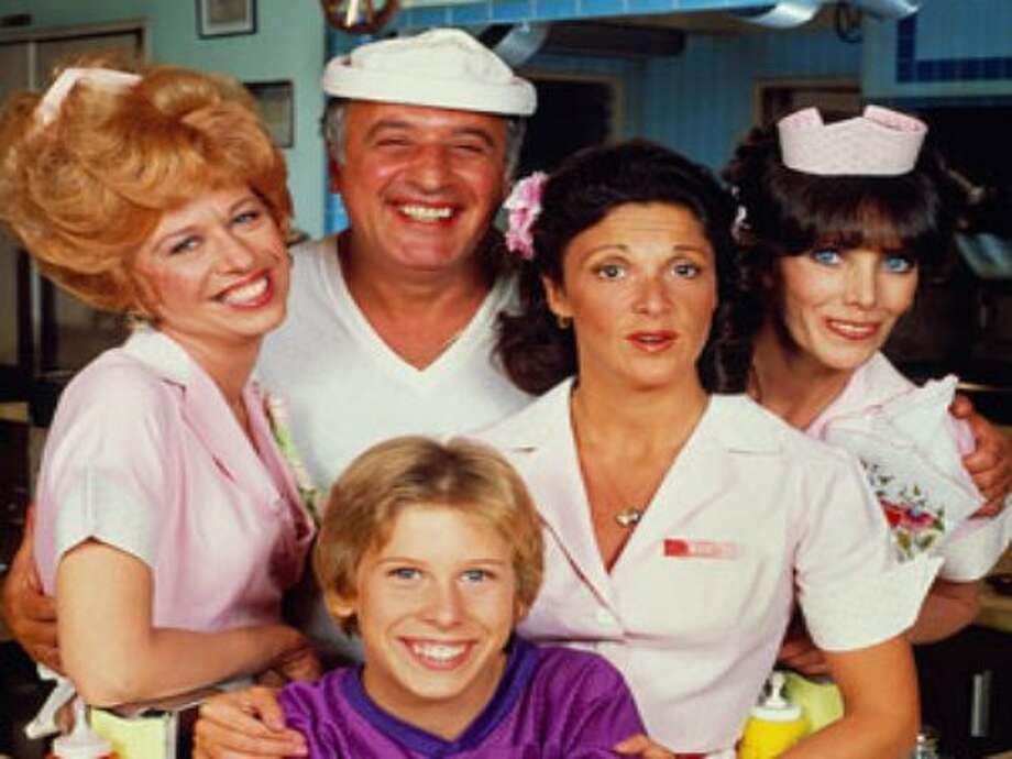 "Alice Doesn't Live Here Anymore  ""Alice Doesn't Live Here Anymore"" became ""Alice,"" the popular CBS sitcom that starred Linda Lavin and lasted for 9 seasons."