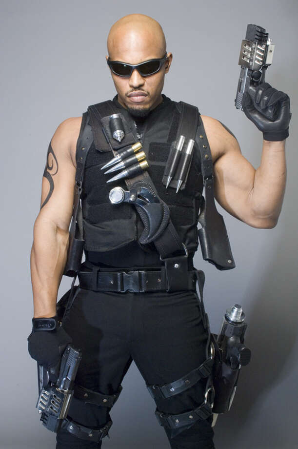 "Blade: The Series  The 2006 television spin-off of ""Blade"" starred Kirk ""Sticky Fingaz"" Jones, and aired on Spike TV."