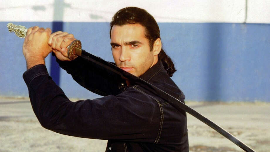 HighlanderThe 1992 syndicated series starred Adrian Paul and lasted for 6 seasons.