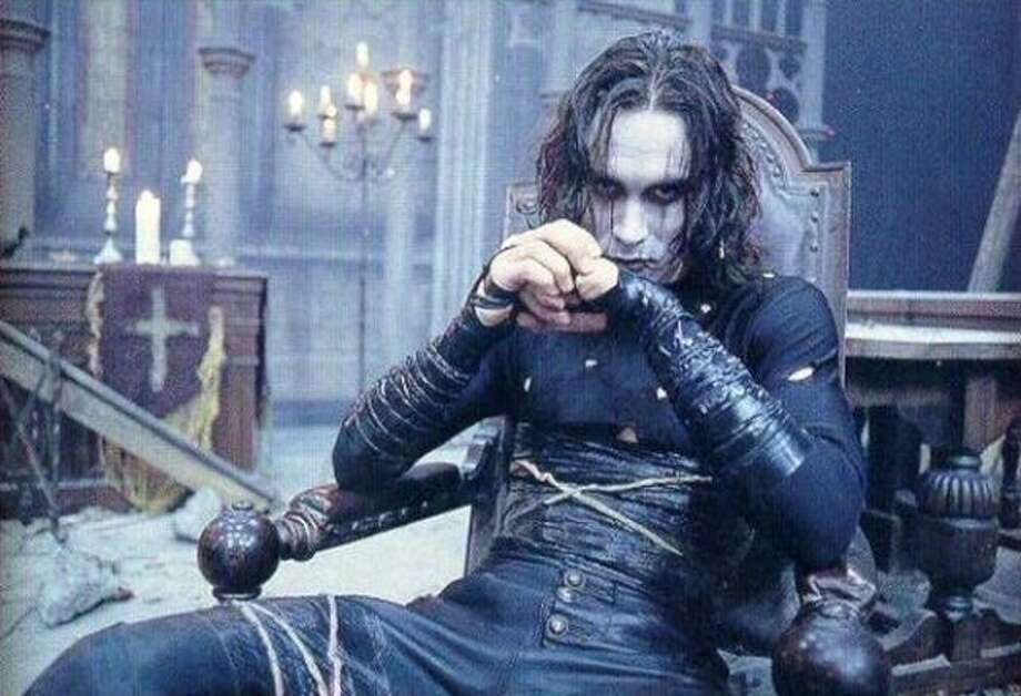 The Crow  Brandon Lee, son of Bruce Lee, was tragically killed by a prop accident while filming this dark action movie. The film was later released in 1994 and became a cult favorite. Photo: MIRAMAX / GAUMONT, Europa Press / Europa Press 2012