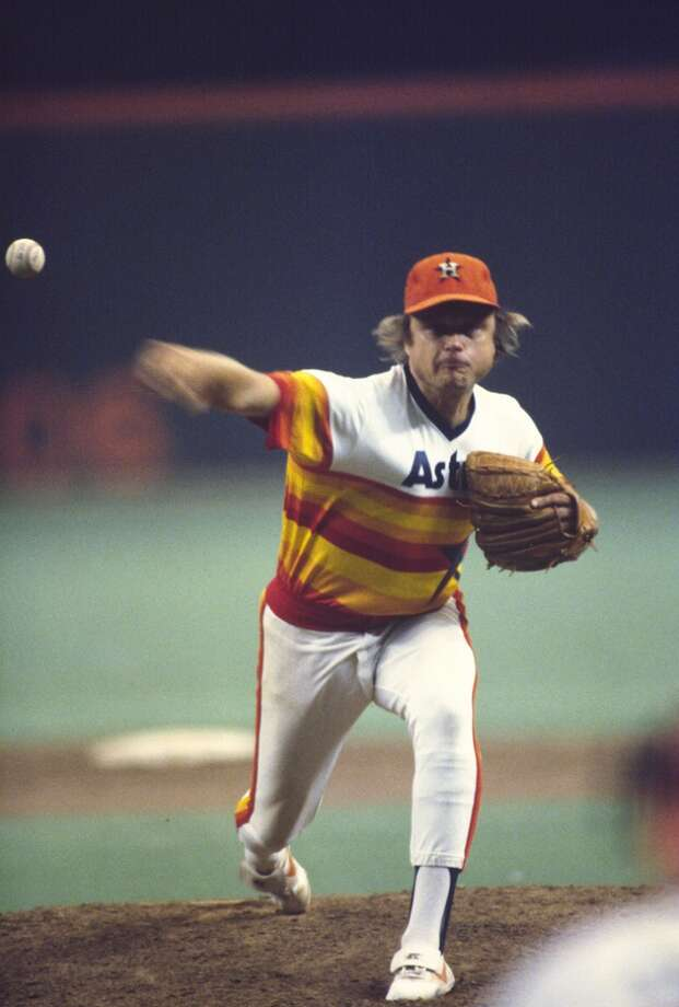 Pitcher Joe Niekro #36 of the Houston Astros pitches against the Philadelphia Phillies during an MLB baseball game circa 1979 at Veterans Stadium in Philadelphia, Pennsylvania. Niekro played for the Astros from 1975-85. (Photo by Focus on Sport/Getty Images) Photo: Focus On Sport, Getty Images