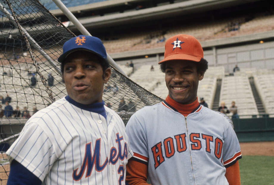 Willie Mays #24 of the New York Mets and Cesar Cedeno #28 of the Houston Astros talk during batting practice at Shea Stadium during the 1972 season in Flushing, New York. (Photo by Focus On Sport/Getty Images) Photo: Focus On Sport, Focus On Sport/Getty Images / 1972 Focus On Sport