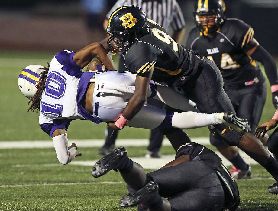 Ervin Jackson and Brennan's defense have allowed a mere three points per game during their 10-0 season heading into Friday's Class 4A Division I first-round matchup with Clemens (8-2). Photo: Tom Reel / San Antonio Express-News