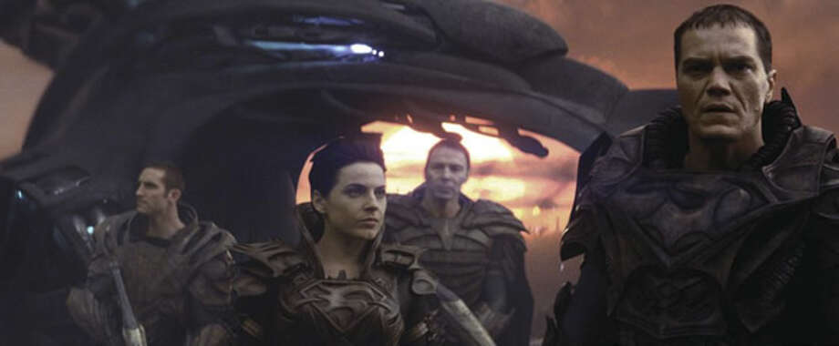 Antje Traue as Faora-Ul (center) and Michael Shannon as General Zod (right). Photo: Warner Bros., 2013
