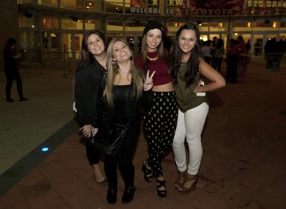 Scenes before Drake concert with openers from Future and Miguel at the Toyota Center, Wednesday, Nov. 13, 2013, in Houston. (Cody Duty / Houston Chronicle) Photo: Cody Duty, Houston Chronicle
