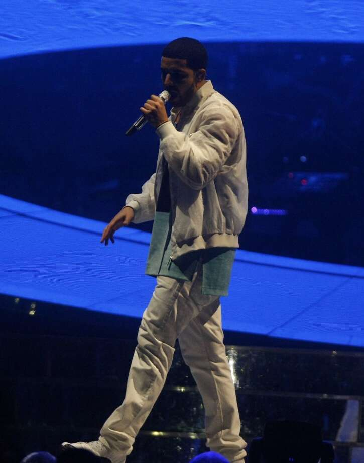 Drake performs at the Toyota Center, Wednesday, Nov. 13, 2013, in Houston. (Cody Duty / Houston Chronicle) Photo: Cody Duty, Houston Chronicle