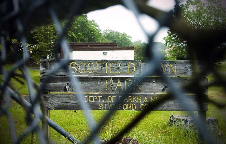 Scofieldtown Park in 2009, a year after it was closed due to contamination. Photo: Kathleen O'Rourke, ST / Stamford Advocate