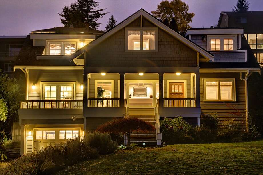 We'll start with the lowest-priced property, 1509 Lake Washington Boulevard South, which is listed for $975,000. The 2,397-square-foot house, built in 1931, has four bedrooms, two bathrooms, a family room, a rec room, French doors, a wine cellar, a front porch, deck, balconies and views of Lake Washington and the Cascade Mountains on a 6,300-square-foot lot. An open house is scheduled for 1 p.m. to 4 p.m. on Sunday. Photo: Jerome Shiels,  Vista Estate Imaging,  Ricklie Stone And Ron Waxman,  Coldwell Banker Bain