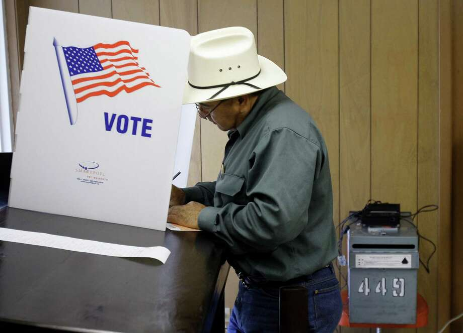 Many obstacles exist for Texas to turn blue, politically, not the least of which is the loss of white voters from the Democratic Party. Photo: Associated Press File Photo