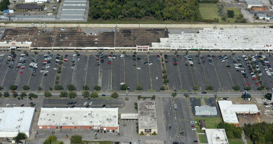 Gateway Shopping Center and Stagg Drive. Aerial Photo taken Thursday, November 14, 2013 Guiseppe Barranco/@spotnewsshooter Photo: Guiseppe Barranco, Photo Editor