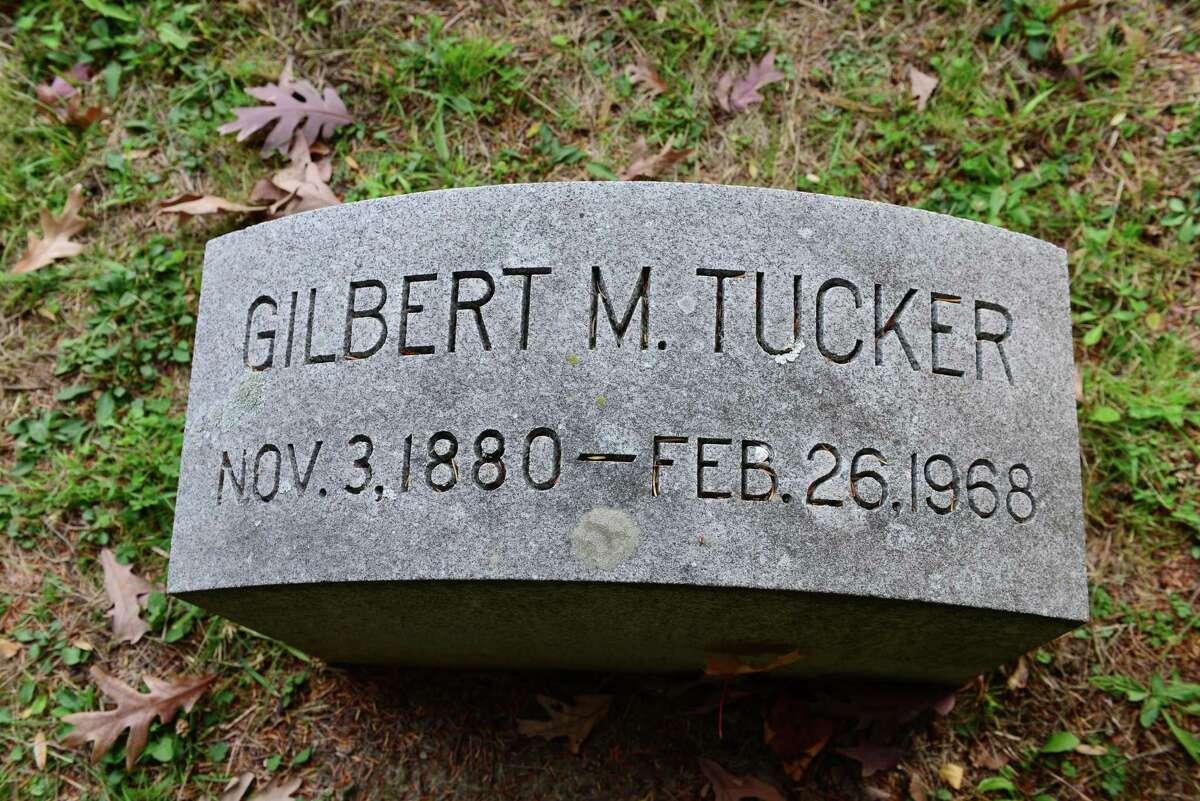 Grave marker for Titanic survivor Gilbert M. Tucker.