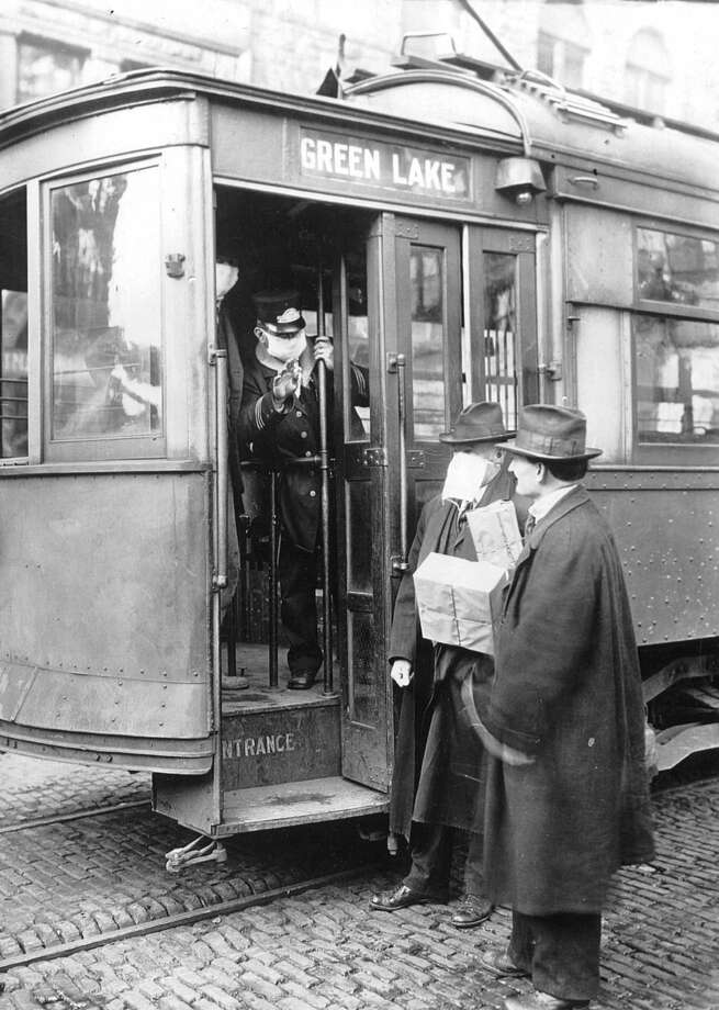Census figures released Thursday show about one in 20 American workers commute by public transit. Click through for a look at how Washington communities compare. Photo: PhotoQuest, Getty Images Photo / Archive Photos