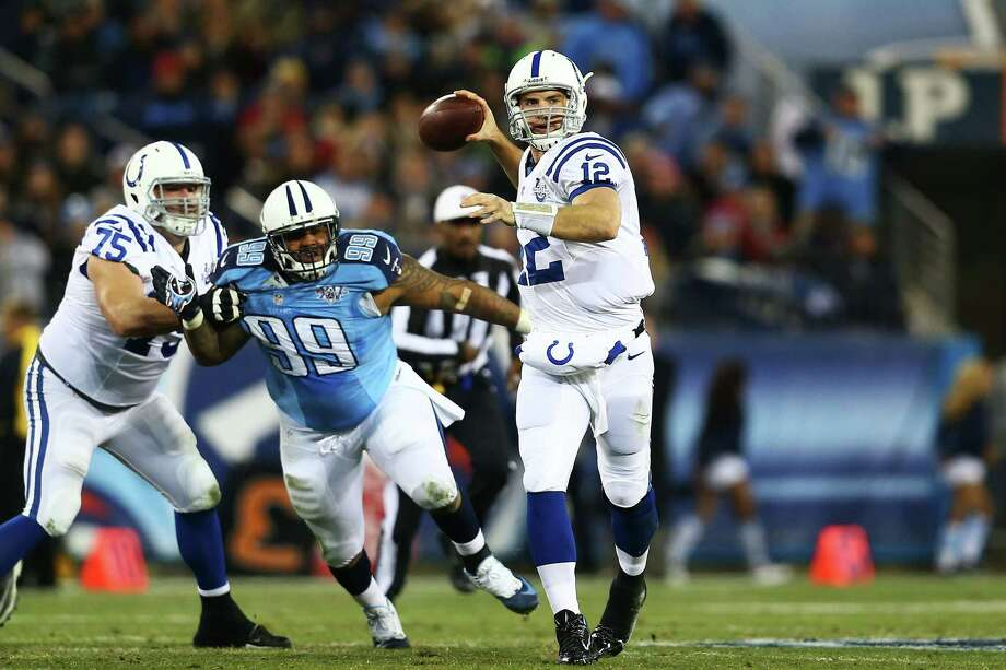 NASHVILLE, TN - NOVEMBER 14:  Andrew Luck #12 of the Indianapolis Colts looks to pass in the second quarter against the Tennessee Titans at LP Field on November 14, 2013 in Nashville, Tennessee.  (Photo by Andy Lyons/Getty Images) ORG XMIT: 184888729 Photo: Andy Lyons / 2013 Getty Images