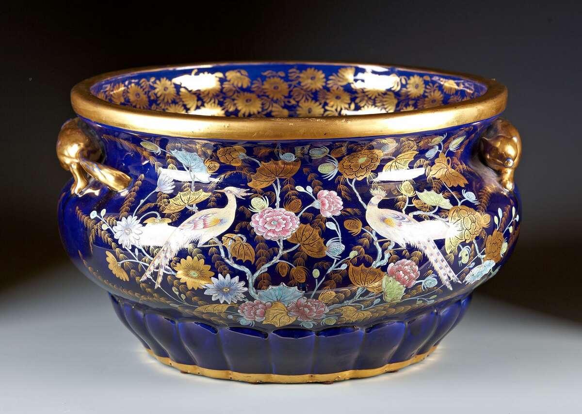 At Theta Antiques Show: Janice Paull, Portimao, Portugal Description: Rare Mason's Carp / Fish Bowl, C.1815. Courtesy photo
