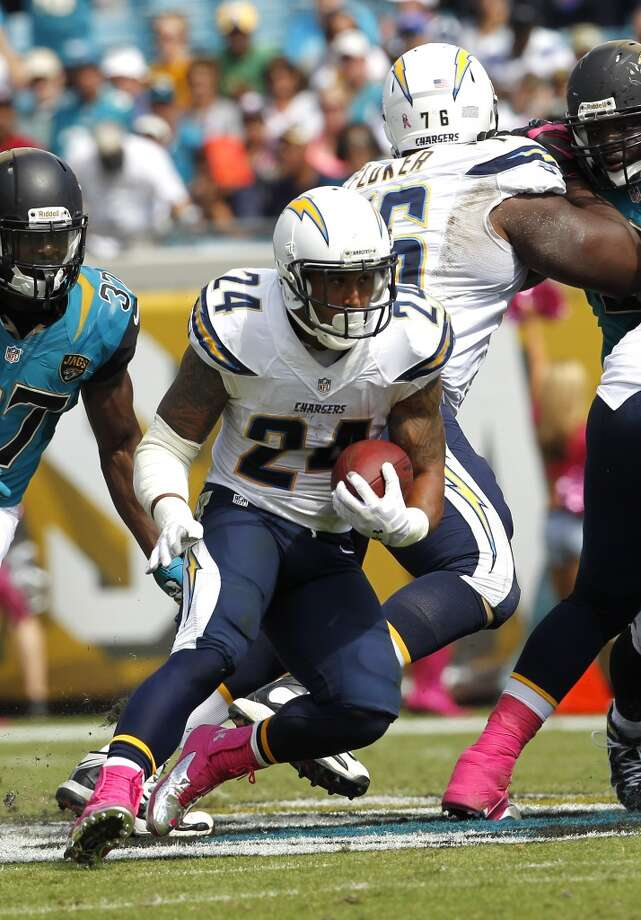 San Diego (4-5) minus-1 ½ at Miami (4-5): Chargers 21-17 Photo: Chris Covatta, Associated Press