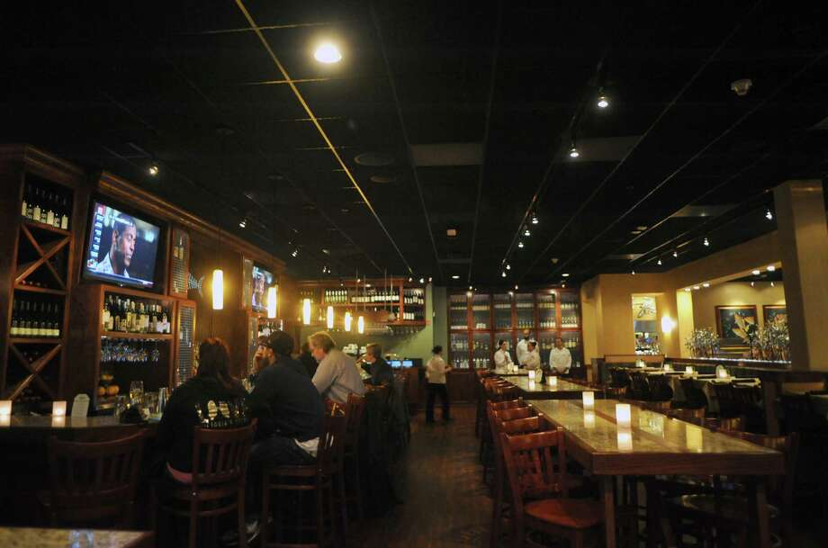 Bonefish Grill. 59 Wolf Rd., Colonie.The bar of the Bonefish Grill at 59 Wolf Road in the former Borders books building on Thursday Nov. 7, 2013 in Colonie, N.Y. (Michael P. Farrell/Times Union) Photo: Michael P. Farrell / 00024540A