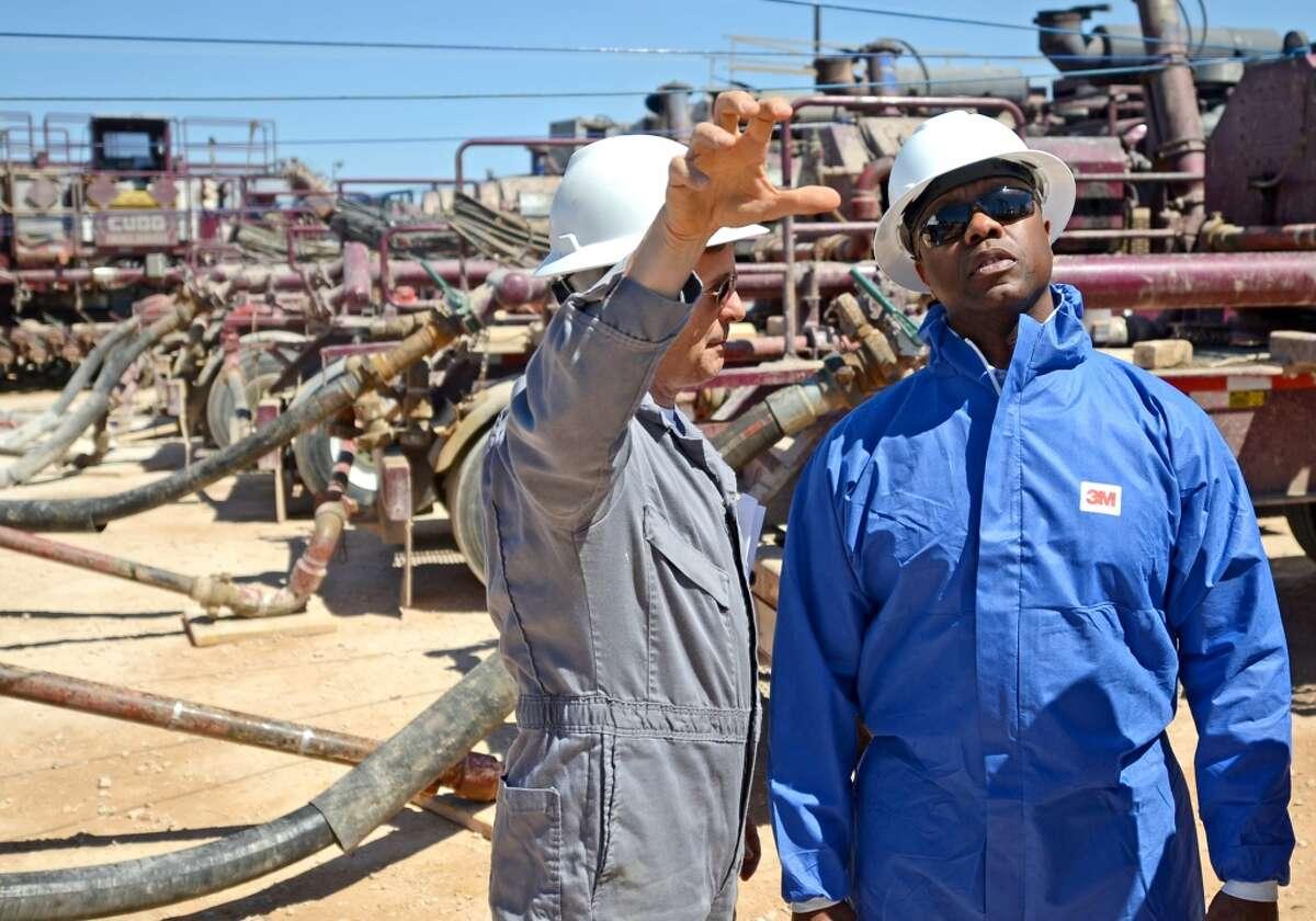 15. Petroleum engineers Annual average wage: $159,340Figures based on 2013 data.