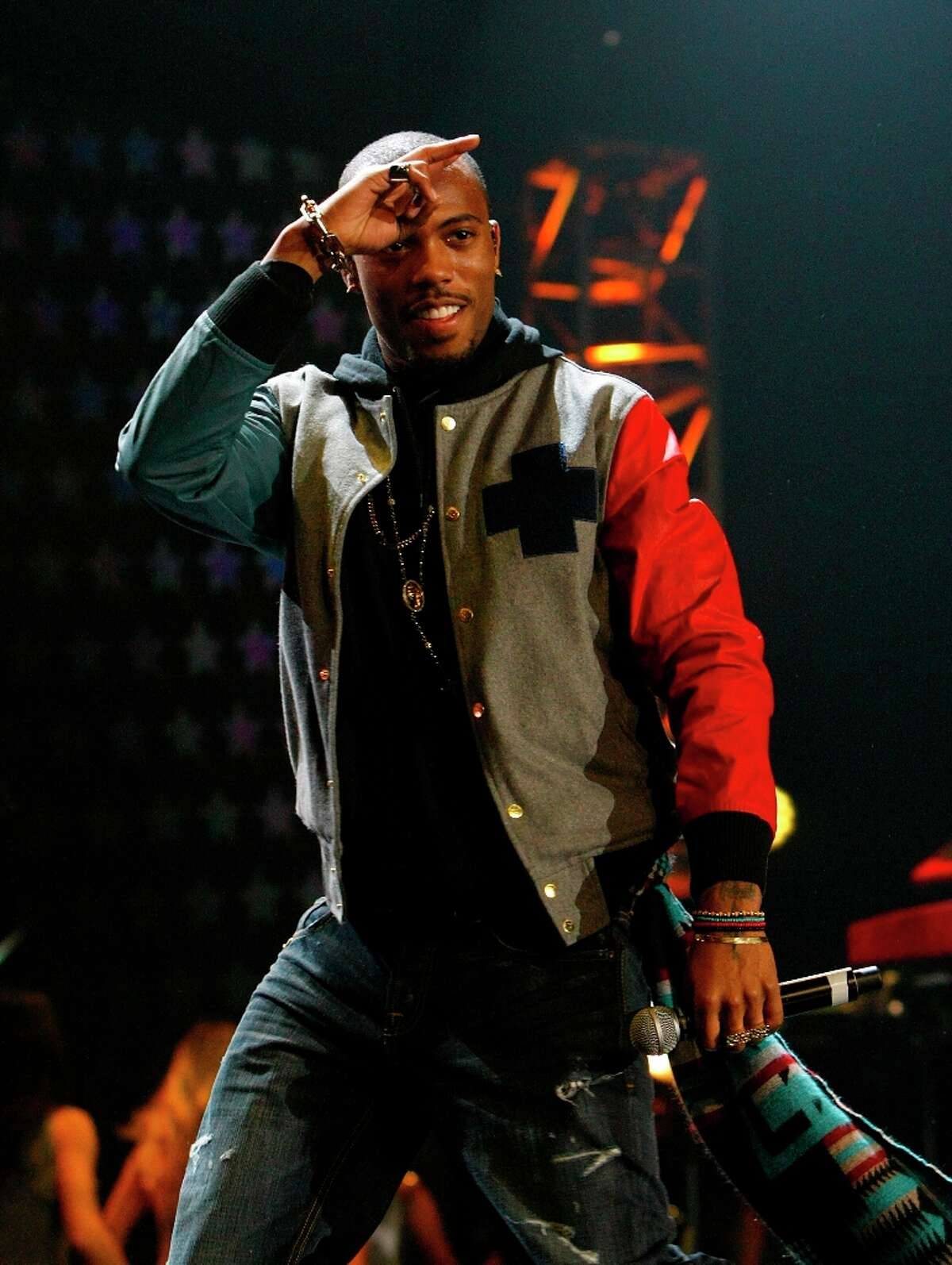 B.o.B. Just this week, rapper B.o.B. ranted on Twitter about believing the Earth is flat. The tweet battle was soon joined by famous astrophysicist Neil de Grasse Tyson, who begged to differ.
