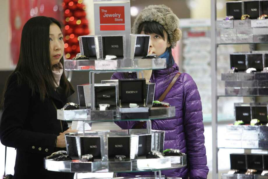 Don't think that just because it's Black Friday you're getting the best deal. The Shopportunist has some items to watch for. Photo: Mary Altaffer / AP