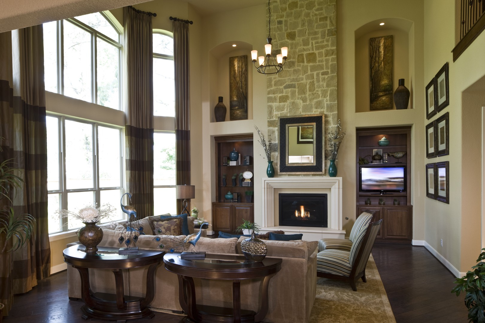 Model Home Foyer Pictures : Toll brothers showcases new model in cinco ranchs gated sycamore