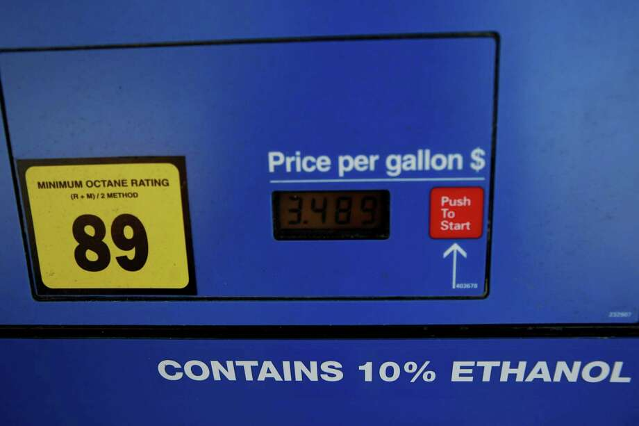 The ethanol percentage is pictured at an Exxon gas station on September 25, 2013 off of North Industrial Blvd. in Dallas. The price of ethanol credits, the mechanism by which the government keeps the oil industry adding ethanol to gasoline, has been through a lot of changes in the last year. (Sarah Hoffman/Dallas Morning News/MCT) Photo: Sarah Hoffman, MBR / Dallas Morning News