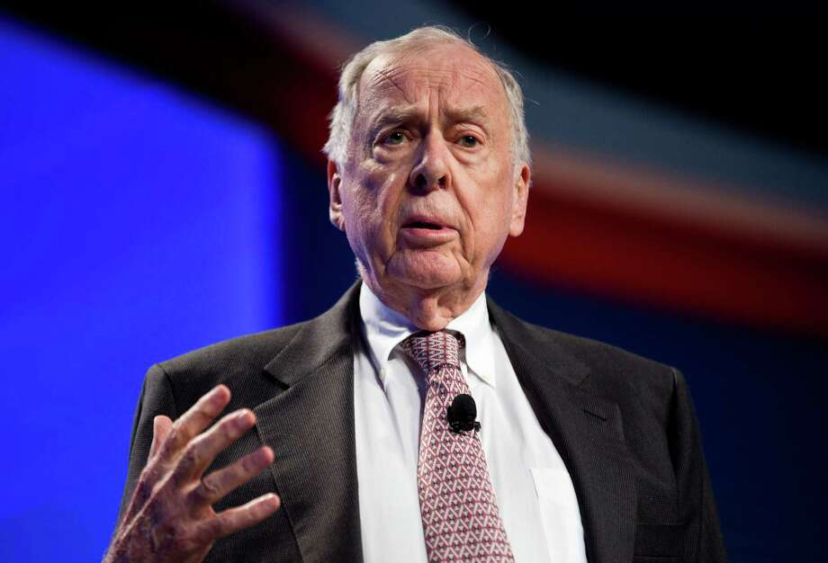 T. Boone Pickens, chairman, chief executive officer and founder of BP Capital Photo: Joshua Roberts / © 2013 Bloomberg Finance LP
