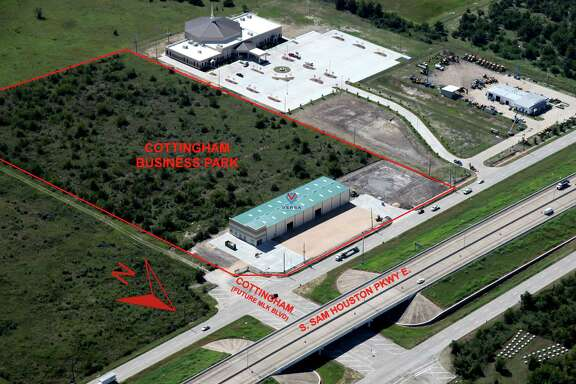 Pipeline Realty has purchased 12 acres south of Beltway 8 at Cottingham for the Cottingham Business Park development in southeast Houston area. The first of up to five office warehouses building has been completed. The buildings will be offered for lease.