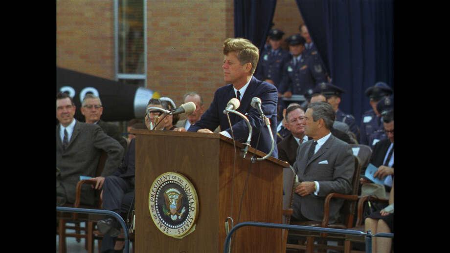 President John F. Kennedy speaks at Brooks Medical Research Center on Nov. 21, 1963. Photo: Tom Atkins, Public Domain / Public Domain