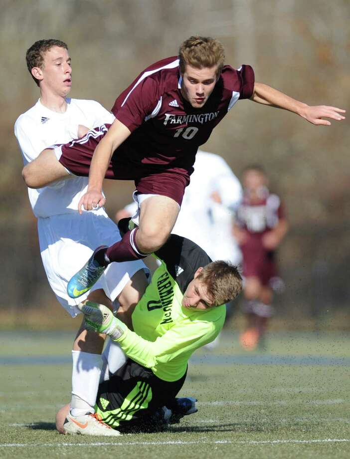 Photos from Farmington's 4-0 win over Joel Barlow in the CIAC Class L high school boys soccer championship game at Municipal Stadium in Waterbury, Conn. on Saturday, Nov. 16, 2013. Photo: Tyler Sizemore / The News-Times