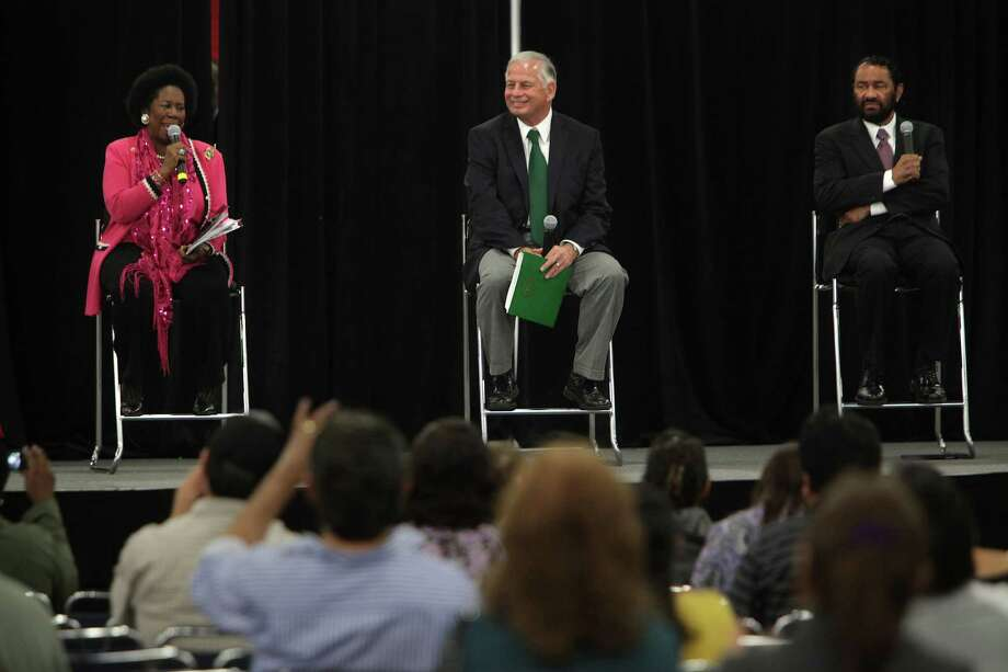 Congresswoman Sheila Jackson Lee, Congressman Gene Green, and Congressman Al Green answer questions during an Affordable Care Act town hall meeting at George R. Brown Convention Center. Photo: Mayra Beltran, Houston Chronicle / © 2013 Houston Chronicle