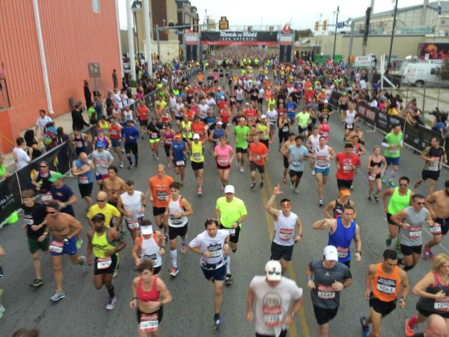 Many runners took to the 26.2-mile course of the sixth Rock 'n' Roll San Antonio Marathon and 1/2 Marathon Sunday morning, Nov. 17, 2013. Photo: Marvin Pfeifer/Express-News