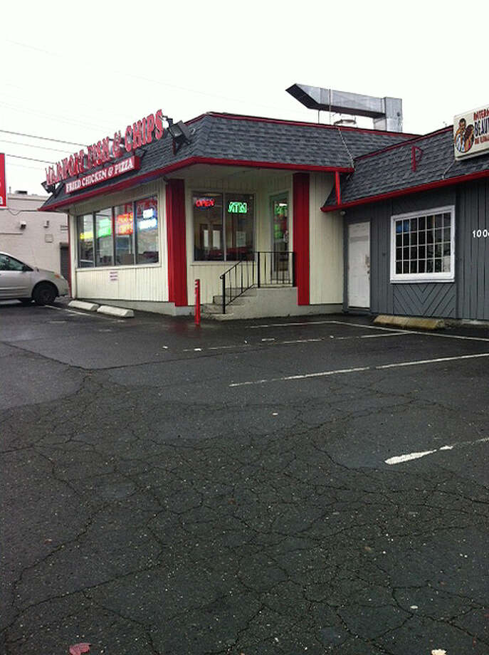 Mainport Fish and Chips, corner of North Avenue and Sedwick Avenue in Bridgeport, Conn., scene of the cityâÄôs 11th homicide of the year early Sunday morning, November 17, 2013. Photo: Linda Lambeck / Connecticut Post