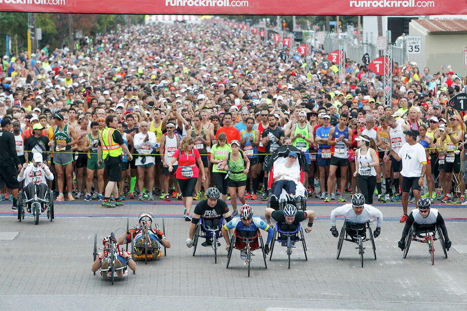 The wheelchair contestants take off at the start of the Rock 'n' Roll 