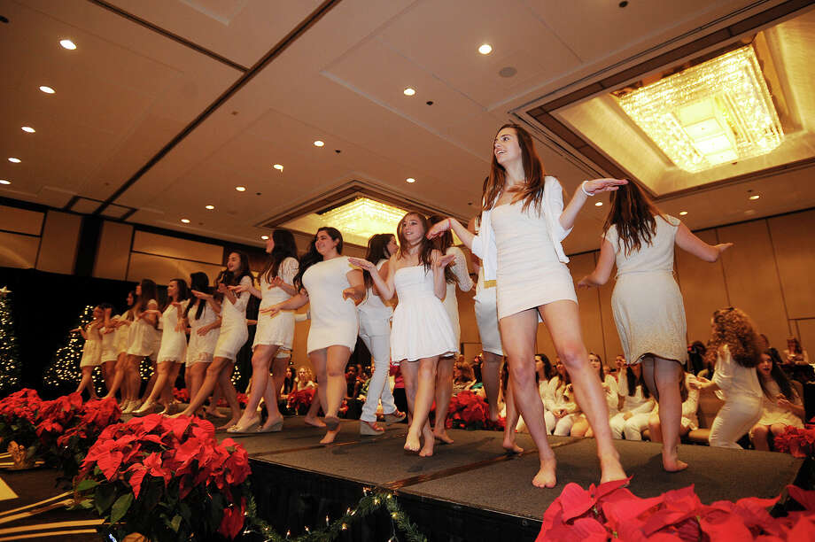 The 2013 GHS Cheerleading Holiday Boutique and Fashion Show at the Hyatt Regency Greenwich on Sunday, November 17, 2013. Photo: Brian A. Pounds / Connecticut Post