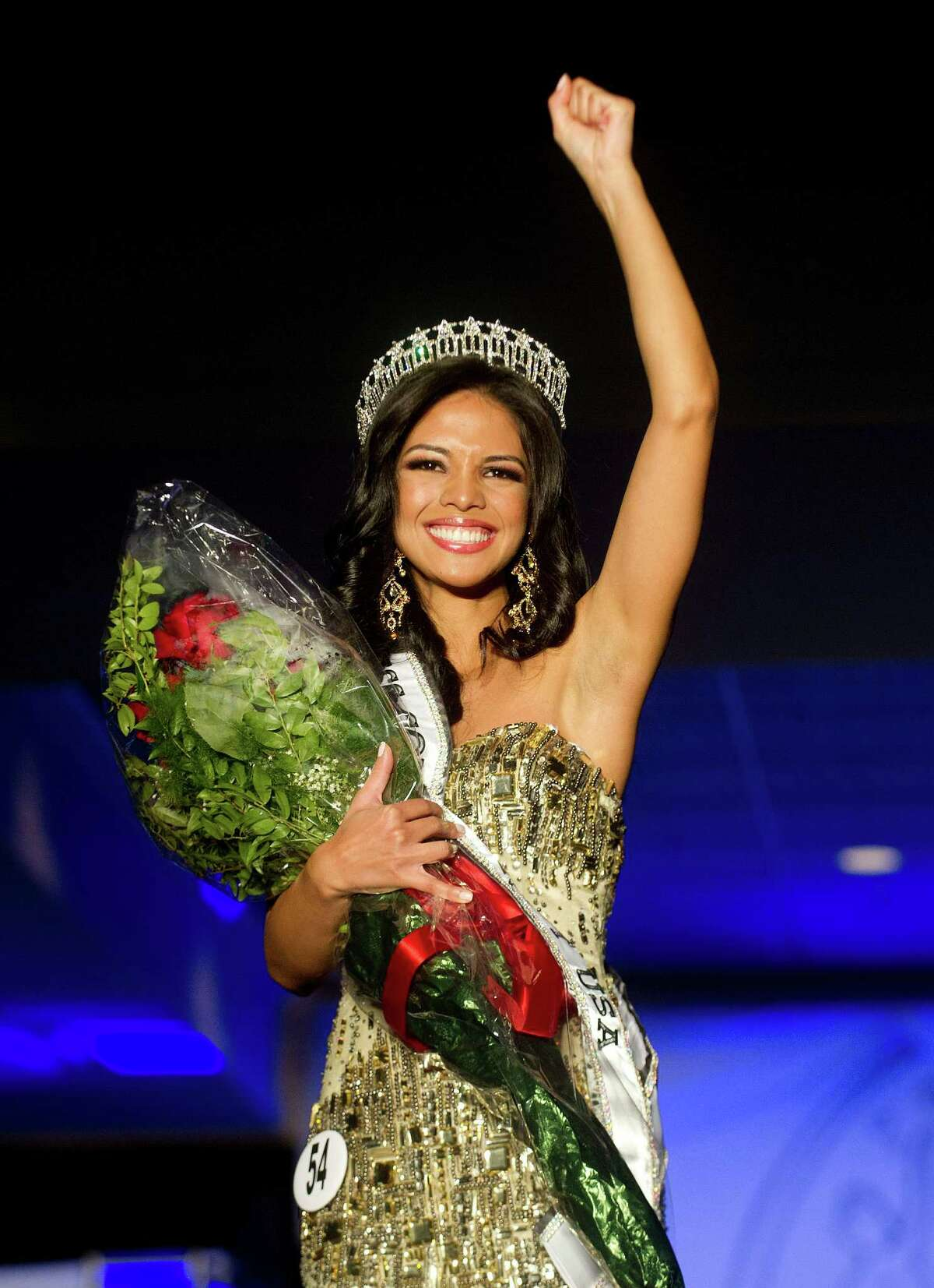 Desirée Pérez of Greenwich is crowned Miss Connecticut USA at the Stamford Marriott in Stamford, Conn., on Sunday, November 17, 2013.