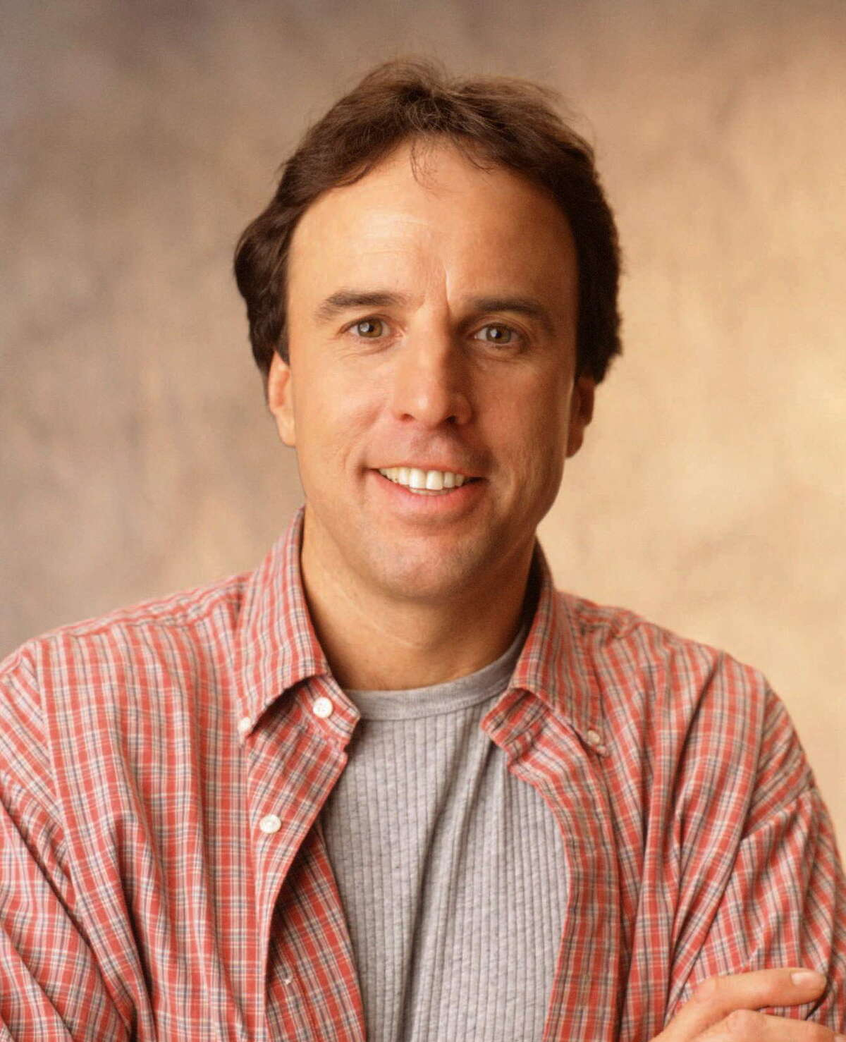 ABC8 (7/21/97) HILLER AND DILLER-- Kevin Nealon stars in HILLER AND DILLER, a new half-hour contemporary comedy about friendship, family and fatherhood, which will air TUESDAYS (9:30-10:00 P.M.,ET) on the ABC Television Network .