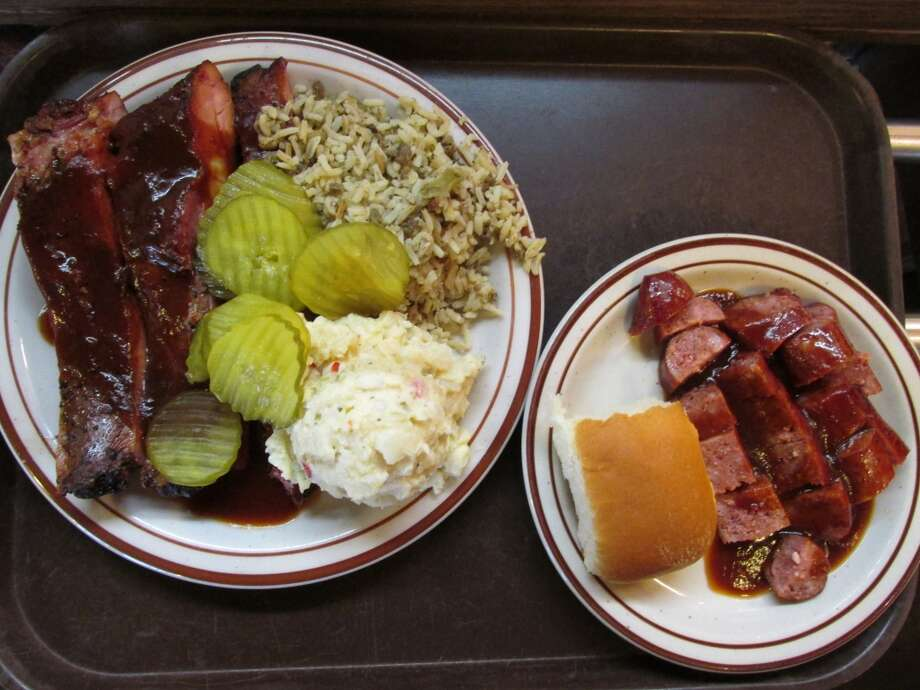 JB's Barbecue rib plate with dirty rice and potato salad, plus a side order of links. Photo: Cat5