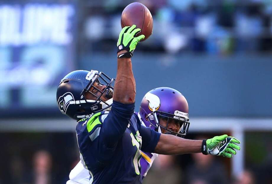 Seattle Seahawks player Percy Harvin pulls down his first catch of the season against his former team, the Minnesota Vikings on Sunday, November 17, 2013 at CenturyLink Field in Seattle. Photo: JOSHUA TRUJILLO, SEATTLEPI.COM
